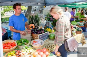 The Famer's Market provides McGill students the opportunity to purchase fresh, organic and locally cultivated produce during the months of September and October.